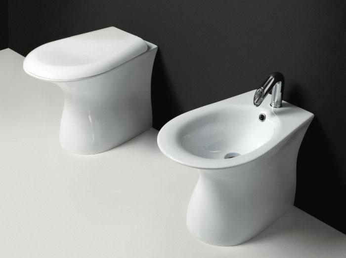 sanitari-bagno-a-terra-libera