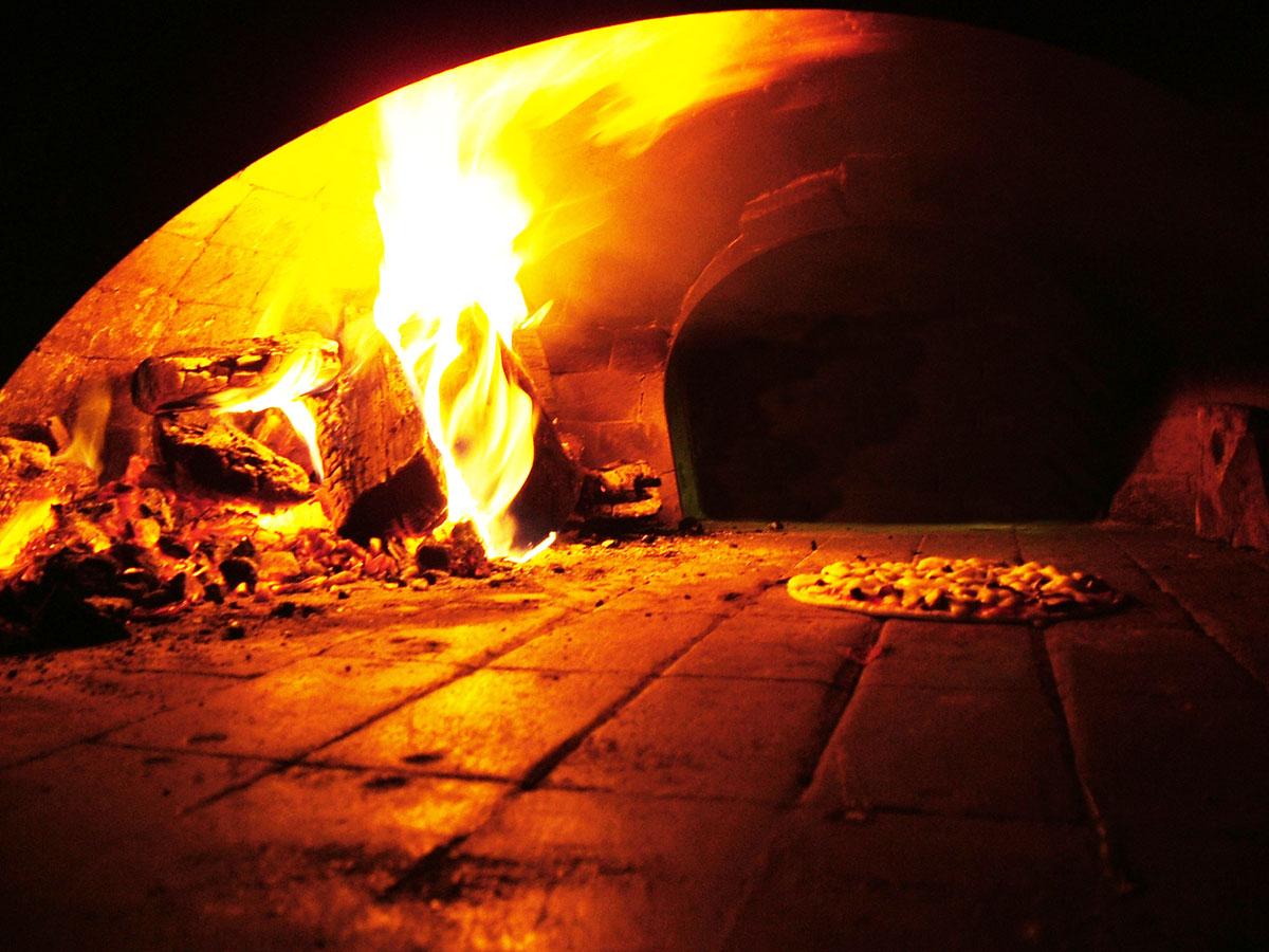 Dove trovare le migliori attrezzature per pizzeria for Cosa vuol dire forno statico